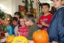 Výstava ovoce a zeleniny v 3. základní škole v J. Hradci.