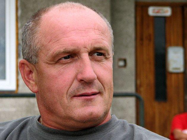 Trenér fotbalistů Chlumu Rostislav Maxa.