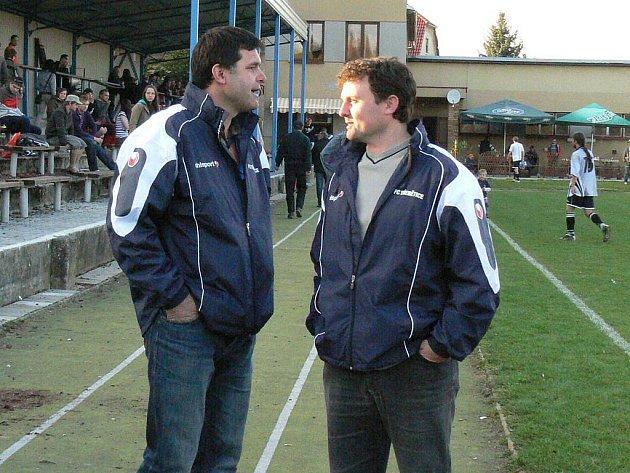 Fotbalisté Třebětic vstoupili do druhé poloviny sezony v I. B třídě s novým trenérem Romanem Havlíkem (vlevo). Ten ve funkci vystřídal  dlouholetého kouče Josefa Bastla.