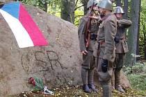Odhalení Památníku obránců vlasti v Hradišti.