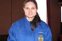 Vendula Soukaná se spolu se svými spolužáky věnuje první pomoci.