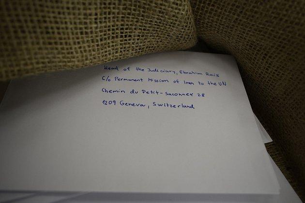 Maraton psaní dopisů už je vplném proudu.