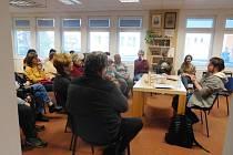 V Jarošově knihovně ocenili úspěšného čtenáře i uspořádali besedu se spisovatelem.