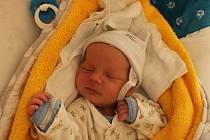 Jiří Vlček, Dunajovice.Narodil se 5. ledna mamince Martině Mydlilové a tatínkovi Janu Vlčkovi. Vážil 3430 gramů.