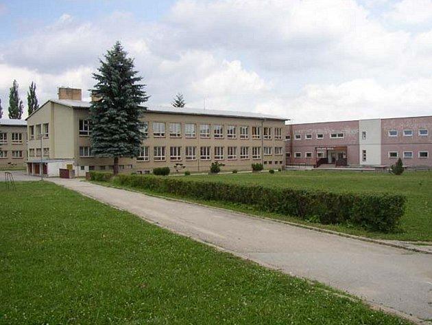 Škola v Nové Včelnici. Ilustrační foto.