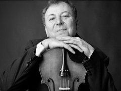 Jindřichohradecký violista Petr Přibyl