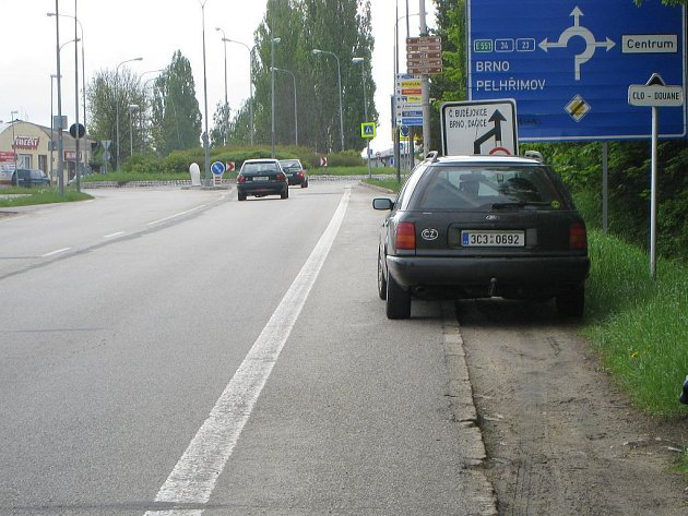 Kruhový objezd v Jindřichově Hradci u Stavcentu bude uzavřen a situace ve městě se vrátí do doby, kdy se opravoval most přes Hamerský potok.