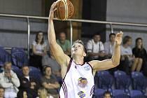 Basketbalisté Liond porazili v I. lize béčko Prostejěova na jeho palubovce 101:80. Na snímku Jiří Kysela.