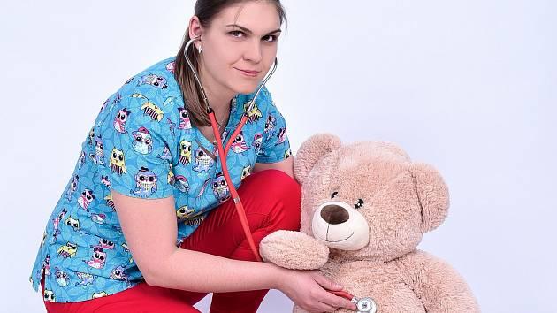 Malé pacienty léčí v jindřichohradecké nemocnici  dětská lékařka Jana Hrubá.