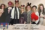 V pořadí 19. reprezentační ples města slavili o uplynulém víkendu v bystřickém kulturním domě Koruna.