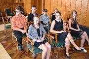 Slavnostní setkání mladých atletů a reprezentantů města nad Vajgarem se starostou a místostarosty se odehrálo v obřadní síni staré radnice.