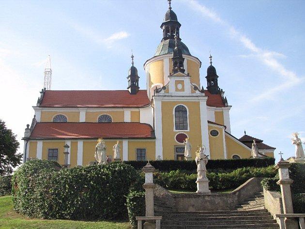 Kostel Nanebevzetí Panny Marie vChlumu uTřeboně.