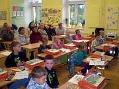 Zahájení školního roku ve Stráži nad Nežárkou.