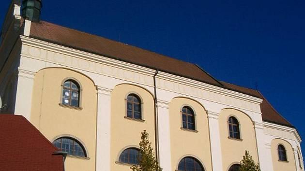 Klášter v Dačicích. Ilustrační foto.