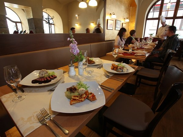 Restaurace hotelu Zlatá hvězda vTřeboni.