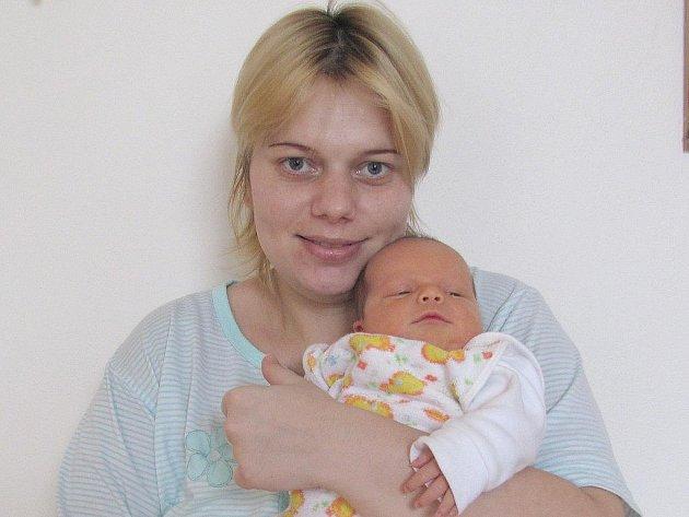 Šimon Bulant ze Slavonic se narodil 31. března 2011 Lucii a Romanu Bulantovým. Měřil 46 centimetrů a vážil 3480 gramů.