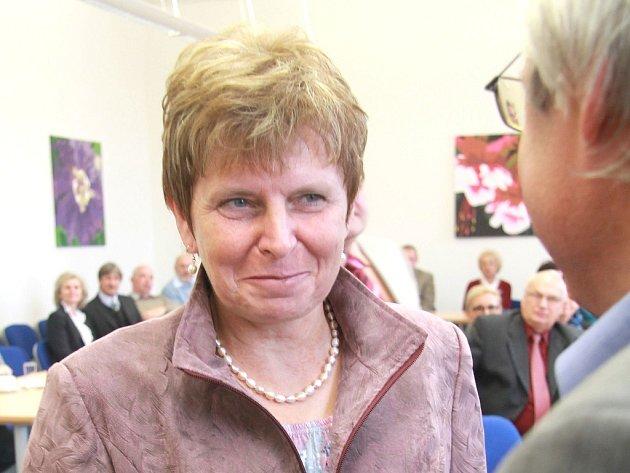 Zdeňka Veverková uči na dačickém gymnáziu tělocvik a zeměpis.