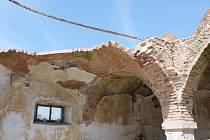 Rozlehlé prostory vyhořelého historického pivovaru v centru Jindřichova Hradce.