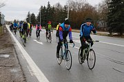 Příznivci jindřichohradecké cyklistiky uvítali nový rok tradiční vyjížďkou.