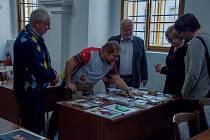 Mezinárodní setkání sběratelů hracích karet v Muzeu Jindřichohradecka.