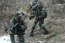 Cvičení jindřichohradeckých vojáků v Boleticích.