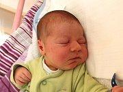 Jan Kuchař se narodil 6. března Evě a Davidu Kuchařovým z Jindřichova Hradce. Měřil 52 centimetrů a vážil 3950 gramů.