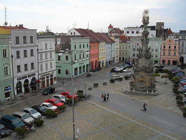 Jindřichohradecké náměstí Míru.
