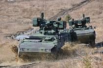 Vojáci 44. lehkého motorizovaného praporu v akci. Pandur.
