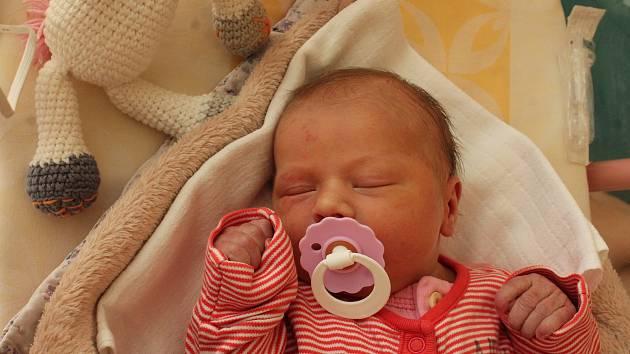 Tereza Mráčková, Dolní Radouň.Narodila se 29. září mamince Lence Mráčkové a tatínkovi Jiřímu Mráčkovi. Vážila 3240 gramů.