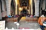 Ve Starém Městě pod Landštejnem si koledy zazpívali v kostele.
