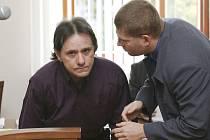 Soudní proces s muži obžalovanými ze zpronevěry  při převozu peněz z jindřichohradecké pobočky České spořitelny.