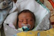 Tadeáš Kašparec, Otín.Narodil se 27. října Lucii Bukovjanové a Lukáši Kašparcovi,vážil 3140 gramů a měřil 48 centimetrů.