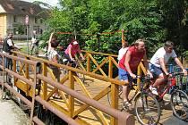 Slavnostně zahájený provoz na nové části třeboňské cyklostezky.