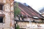 Požár historického pivovaru v centru J. Hradce.