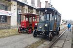Replika historického trolejbusu pojede z Velenic do Anglie.