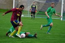 Lomnice (v zeleném) prohrála i třetí zápas nového ročníku I.B třídy. Tentokrát v Nové Bystřici 0:3, pro kterou to bylo naopak první vítězství.