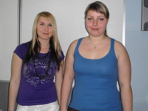 STUDENTSKÝ TÝM. Úspěšné soutěžící Michaela Marsová a Hana Tipplová (na snímku zleva).