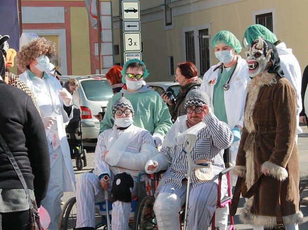 Masopustní průvod se v sobotu uskutečnil v ulicích Nové Bystřice.