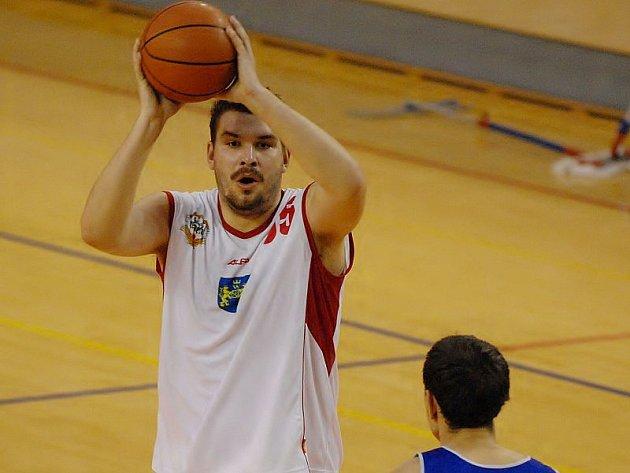 FORMA. Do pozice jednoho z klíčových hráčů JHComp se v průběhu letošní sezony vypracoval Viktor Mikeš.  Prokáže své kvality i o víkendu?
