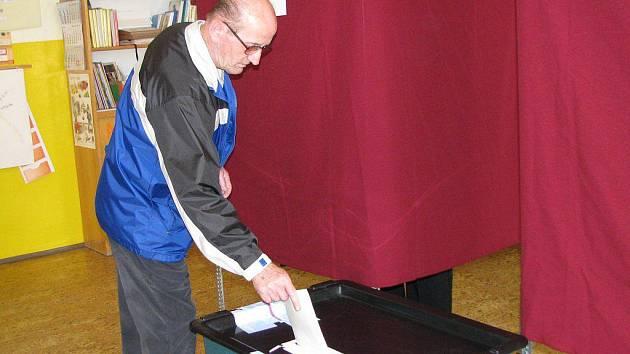 Volby v Nové Bystřici.