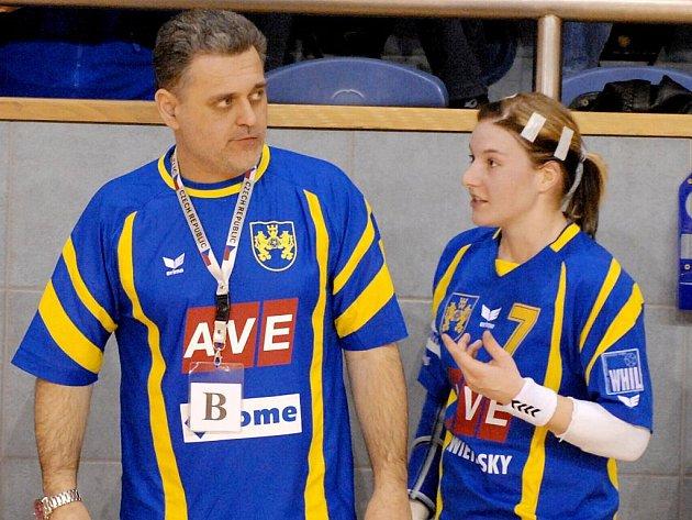 Trenér René Kumpán a jeho svěřenkyně Zuzana Kohoutová.