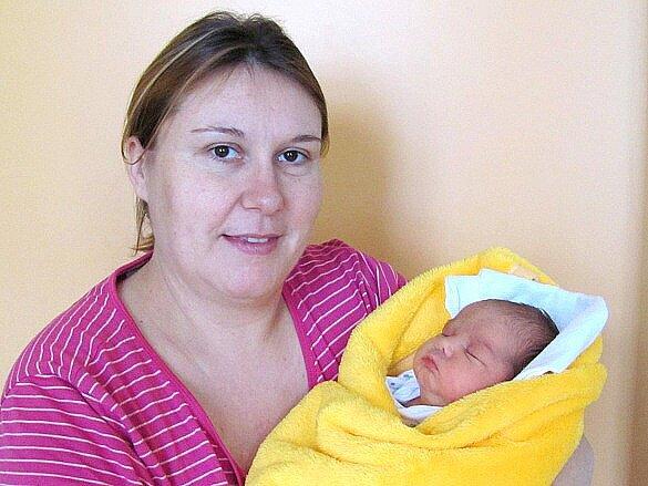 Sára Doubravská se narodila 11. prosince v 8 hodin a 11 minut Alžbětě a Liboru Doubravským z Kardašovy Řečice. Vážila  3700 gramů a  měřila 48 cm.