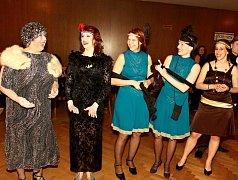Divadelní ples v Jindřichově Hradci