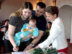 V Jindřichově Hradci se konalo únorové vítání nově narozených dětí.