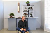 Bonsajář ze Suchdola Michal Budík vyhrál na výstavě v Kjótu.