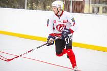 Obránce jindřichohradeckých prvoligových hokejbalistů Martin Hunal.