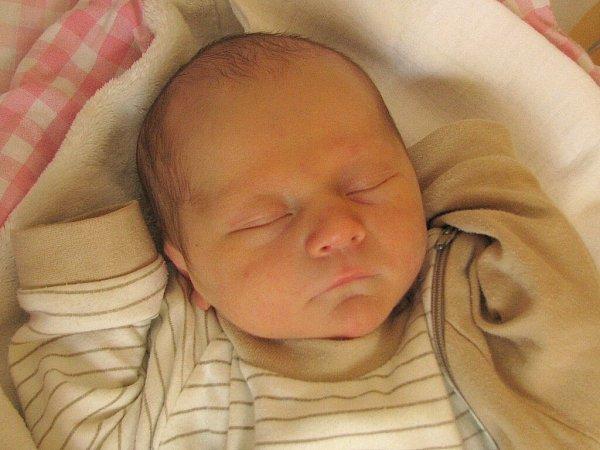 Tim Aljančič se narodil 4.března 2014v9 hodin a 51minut Petře a Tomášovi Aljančičovým zHradiště. Vážil 3170gramů a měřil 50centimetrů.