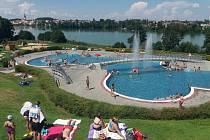 V sobotu zažije hradecký venkovní aquapark letošní premiéru. Ilustrační foto.