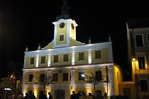 Zrekonstruovaná  radnice v Lomnici nad Lužnicí.