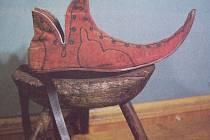 POLOVYSOKÁ škorně z 15. století.